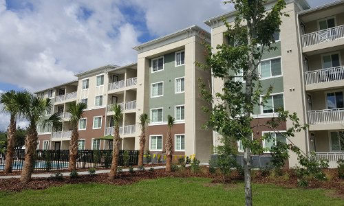 Brandon Palms Apartments Exterior